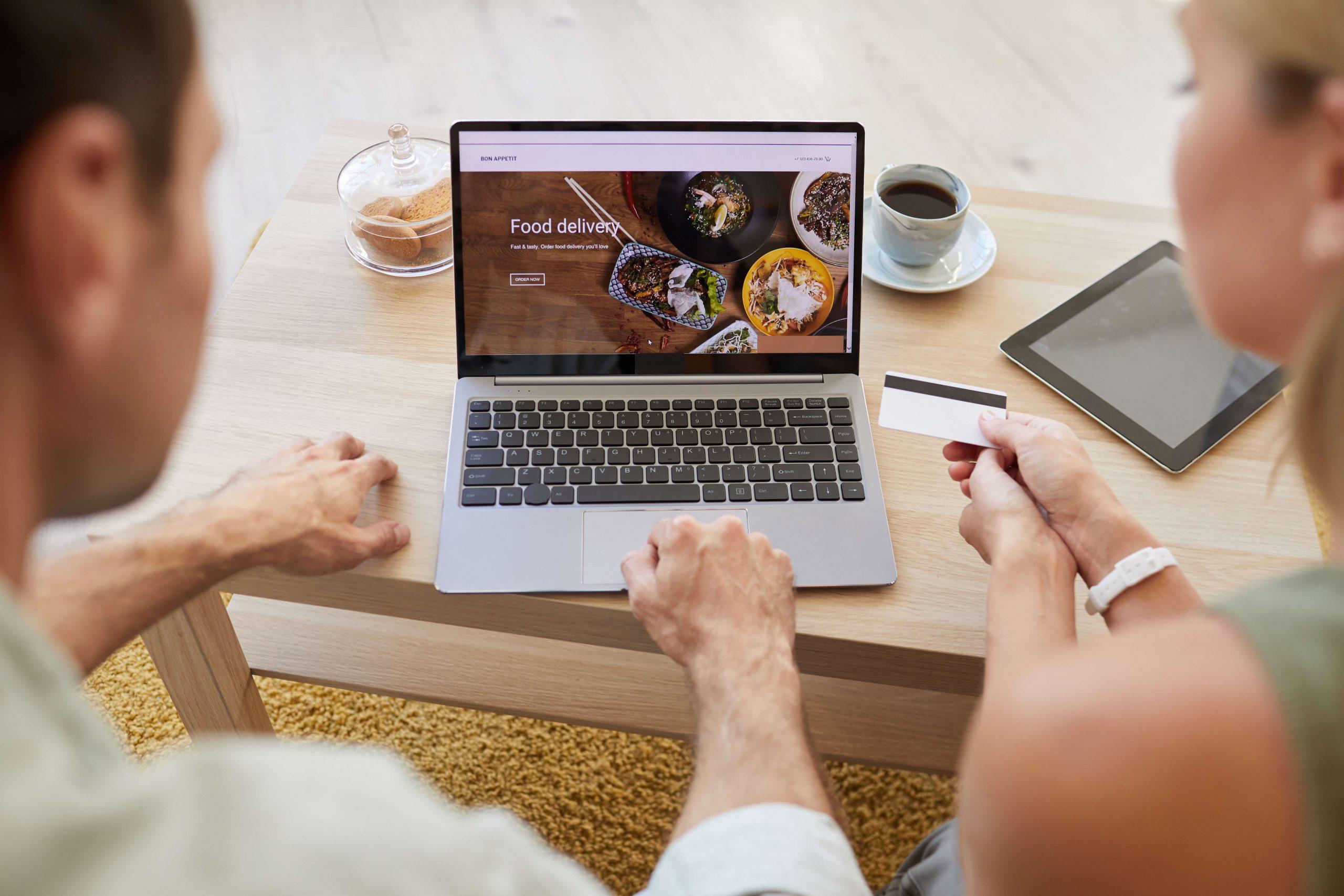 היתרונות לתפריט אונליין למסעדה שלך