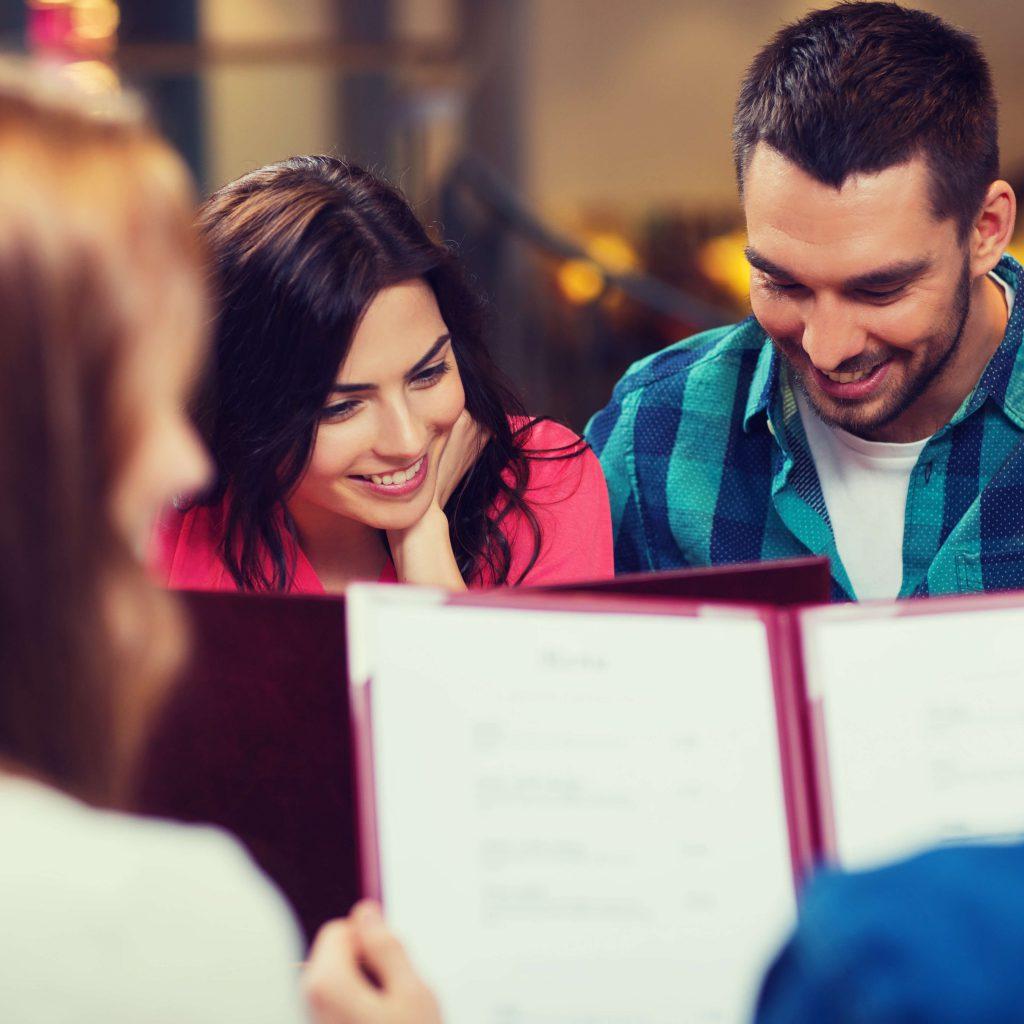 עוררות חושים באמצעות תפריט המסעדה איך לכתוב תפריט מסעדה שיגדיל את המכירות.